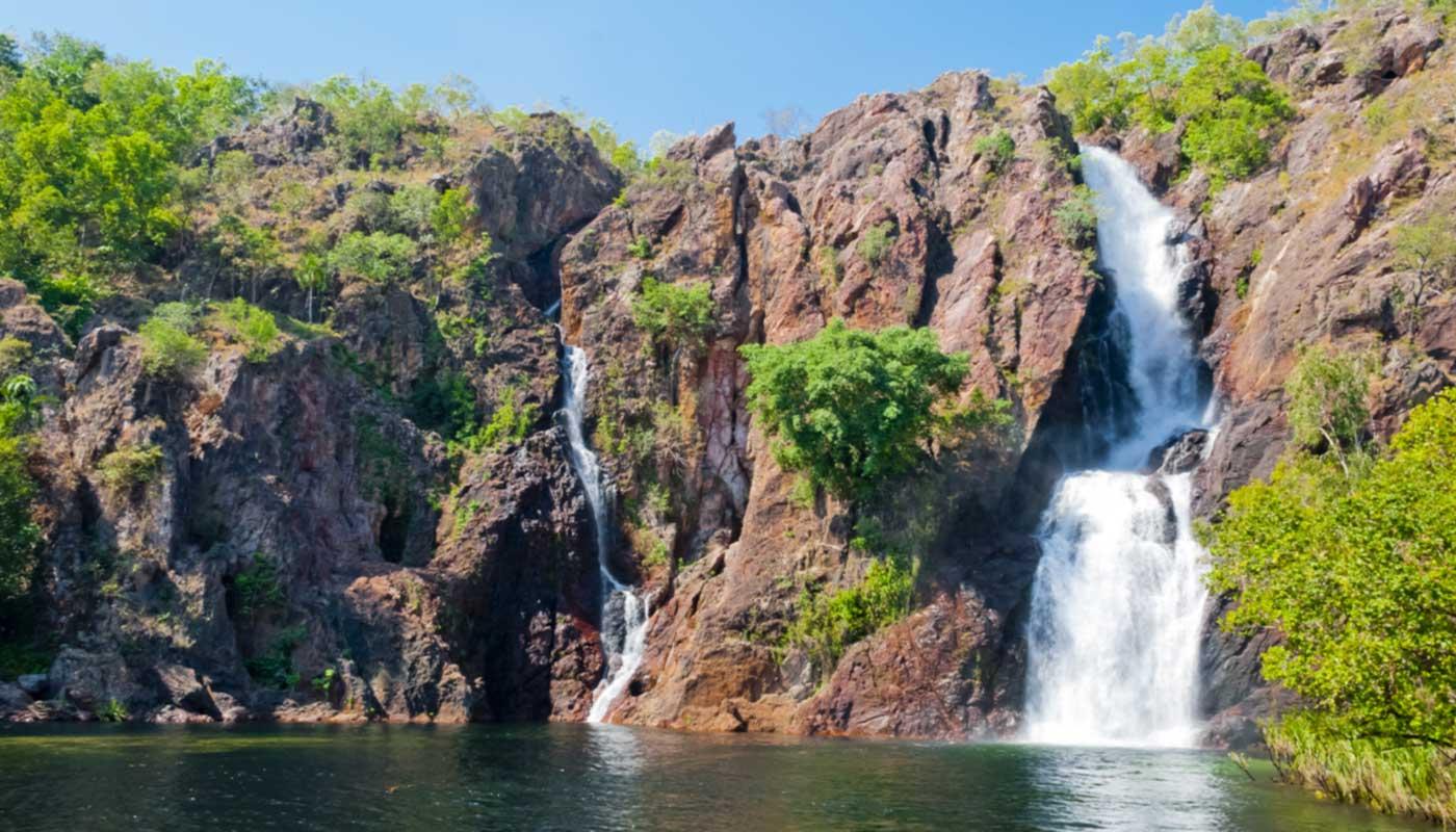 cascade dans un parc naturel