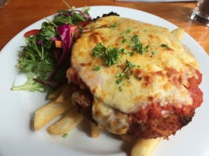 chicken-parmigiana-bruny-hotel